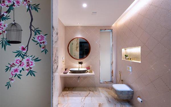 Toaleta dla gości: jak urządzić małe WC w bloku?