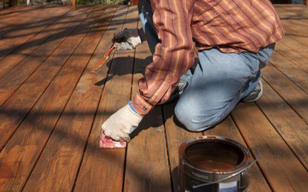 6 najczęściej popełnianych błędów przy impregnacji drewnianego tarasu